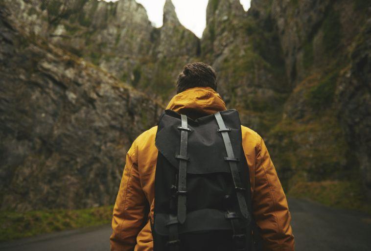 attrezzatura zaino trekking nel lazio escursioni in sabina