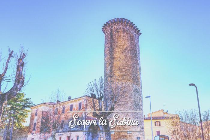 Torre Angioina con Porta Napoli - cosa vedere in sabina