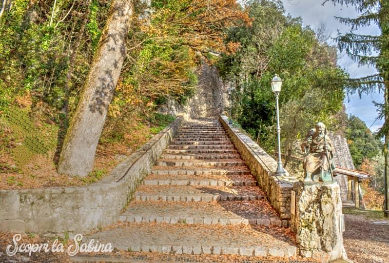 Santuario di Greccio - la scalinata